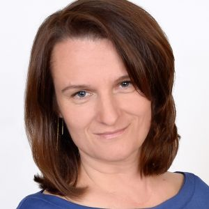 dr Monika Piątek